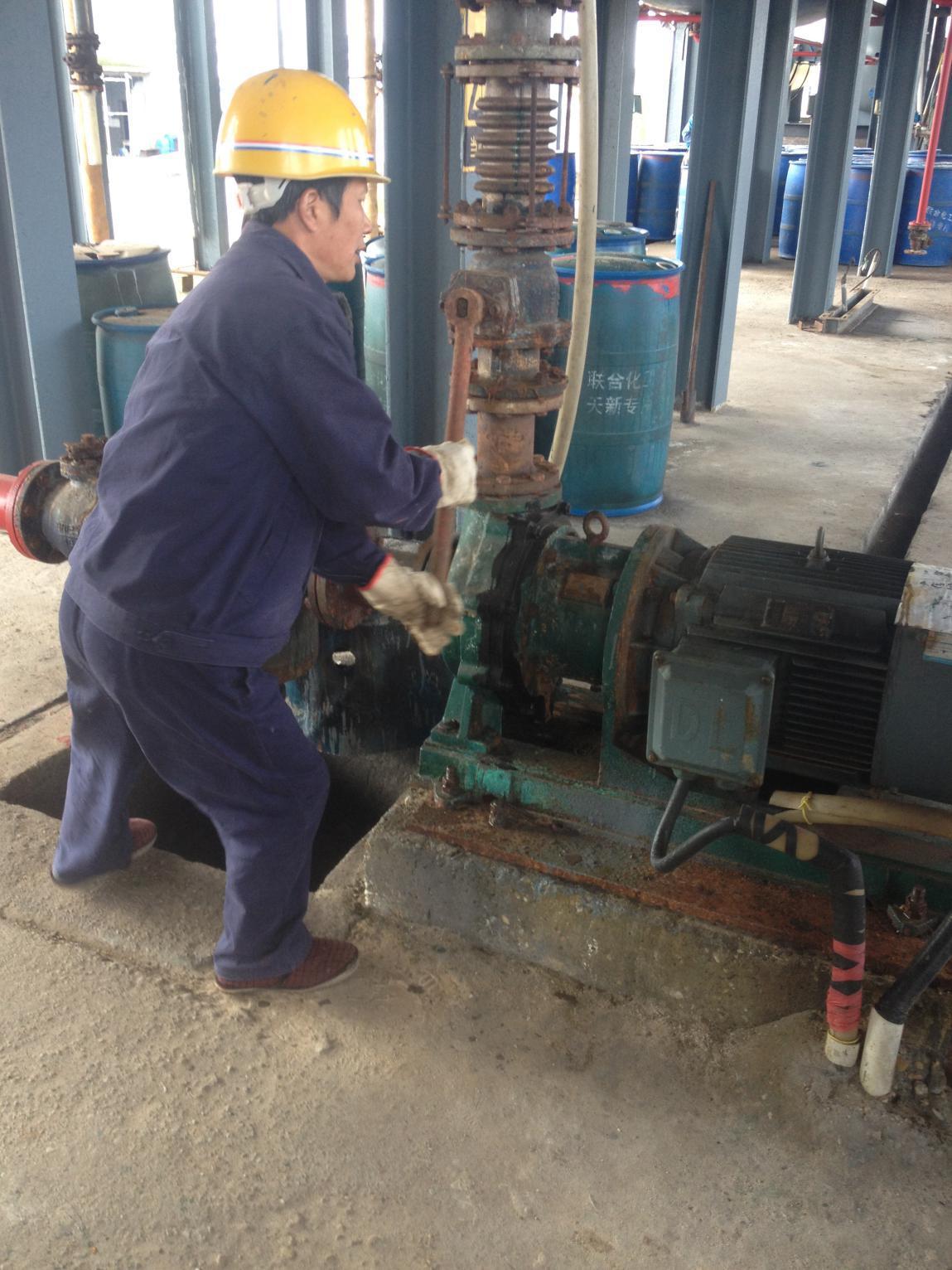 三氯化磷输送泵实拍