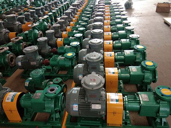 客户定制50台CQB氟塑料磁力泵加长版发货