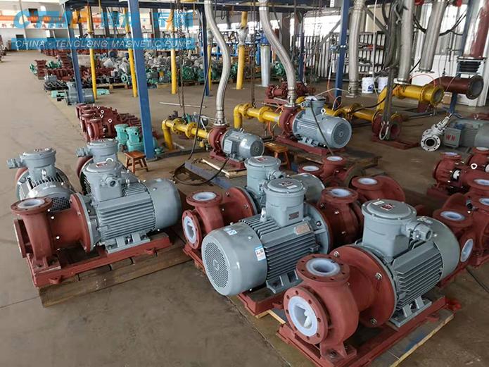 一批TMF衬氟磁力泵正在测试