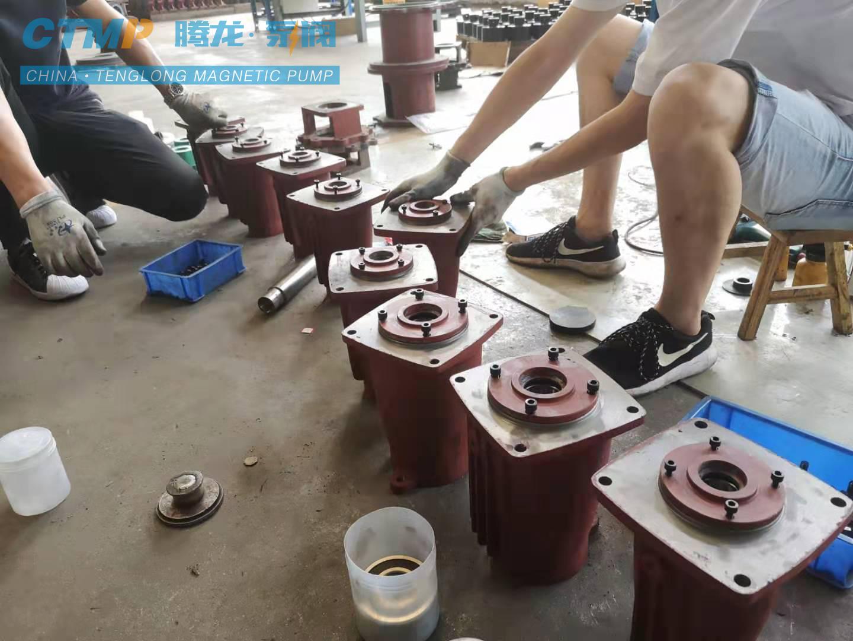 IHF氟塑料离心泵轴承箱总成