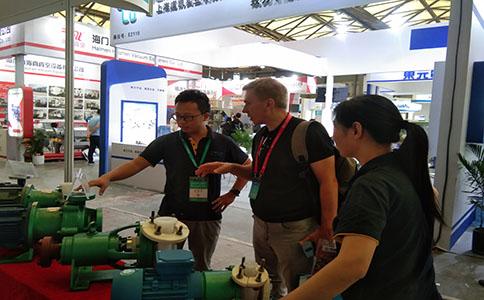 腾龙泵阀参加第十一届上海国际化工技术装备展览会