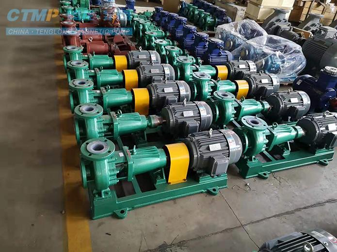 腾龙IHF100-80-125氟塑料离心泵发往杭州电子有限公司