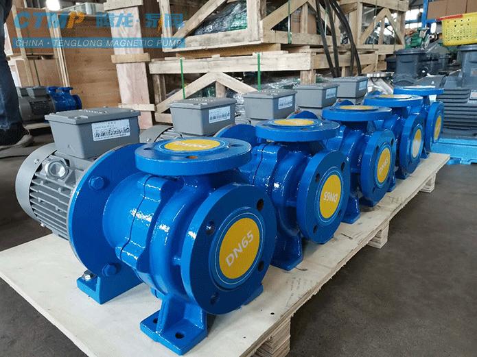 腾龙一批定制耐酸磁力泵发往江钨集团