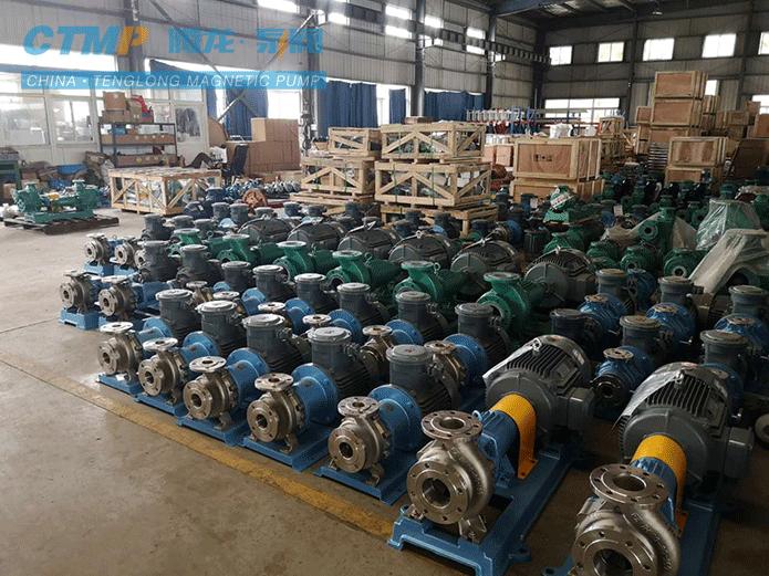 腾龙一批不锈钢泵发往华海药业