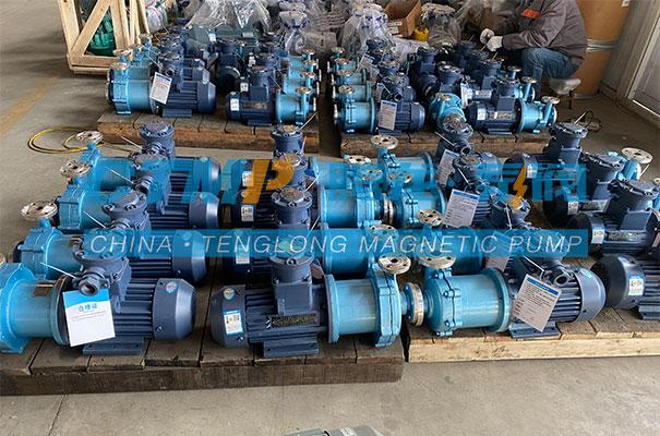 腾龙一批CQ不锈钢磁力泵发往河南南阳油田