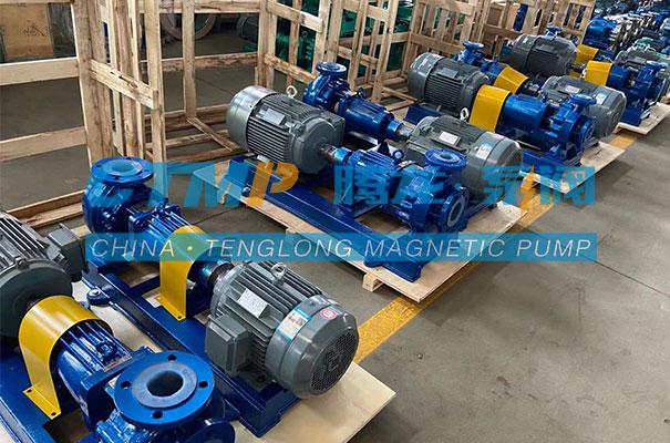 腾龙一批IHF氟塑料离心泵发往广安诚信化工