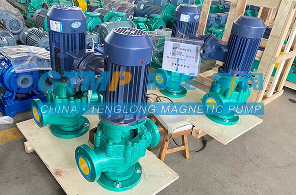 腾龙GDF衬氟立式管道泵发往山东万福达化工