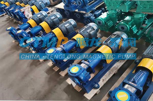 腾龙一批废水调节池提升泵发往四川创飞格环保